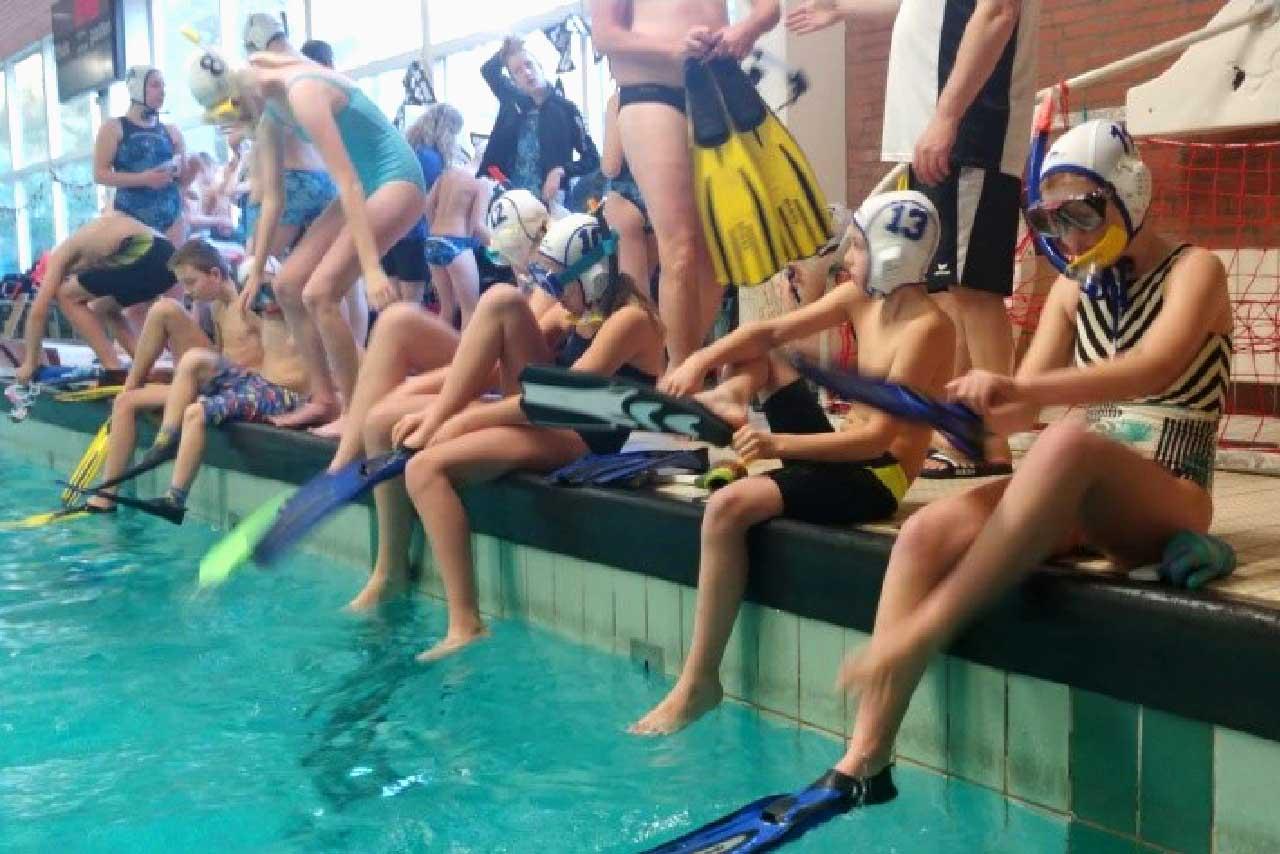 Eerste jeugdcompetitie onderwaterhockey